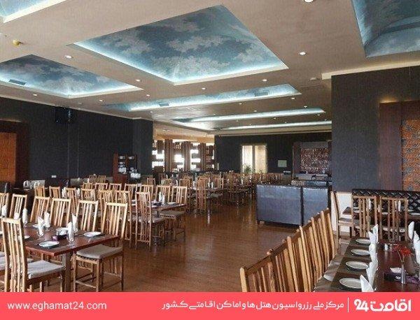 رستوران ایرانی سنتی (رستوران روز)