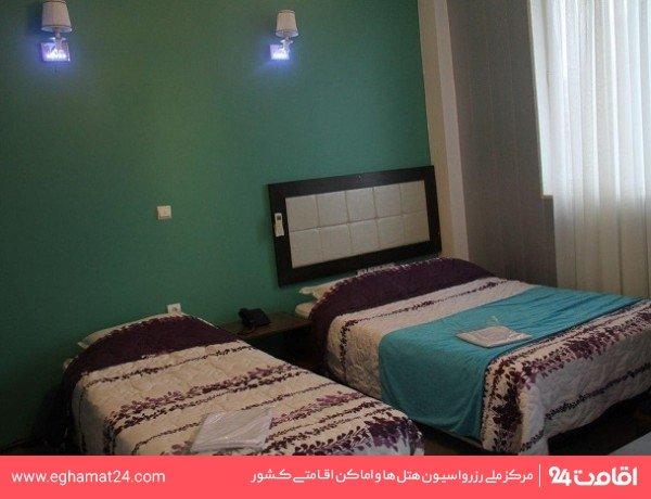 اتاق سه تخته بدون دید دریا