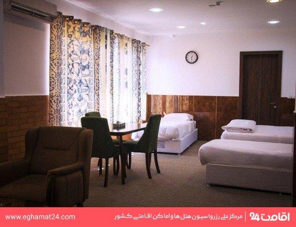 اتاق سه تخته رویال رو به دریا
