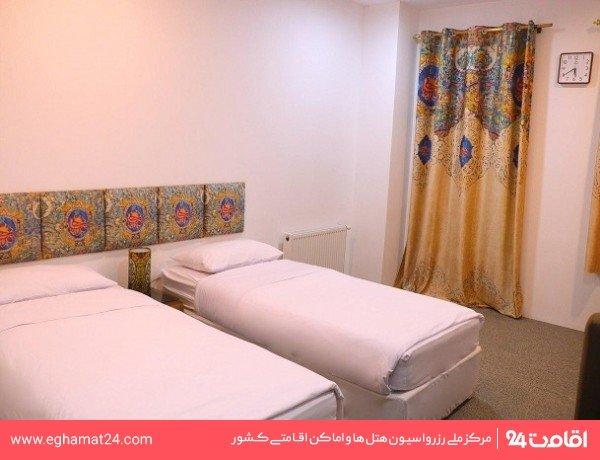 اتاق دو تخته رویال رو به خیابان