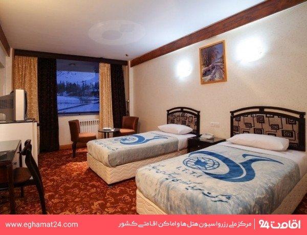 اتاق سه تخته هتل یک
