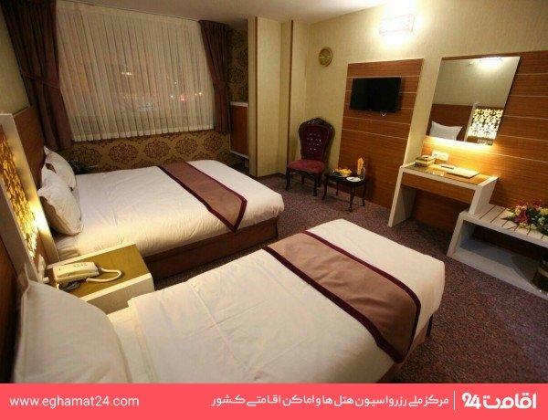 اتاق دو تخته برای یک نفر طلایی