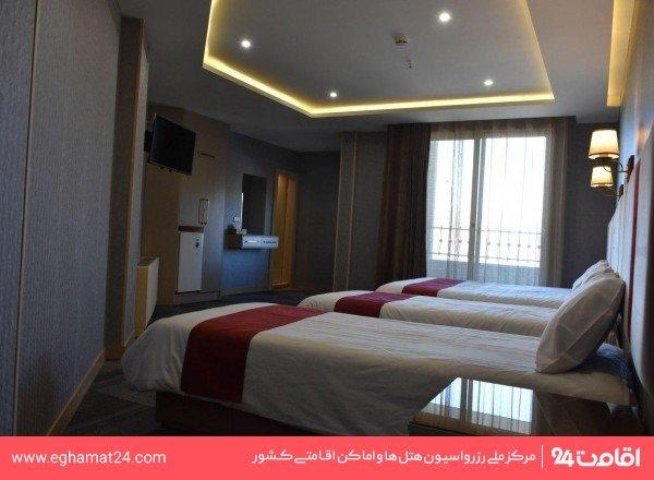 اتاق چهار نفره(سه تخته+سرویس اضافه)