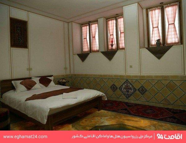 اتاق دو تخته (شماره 1)