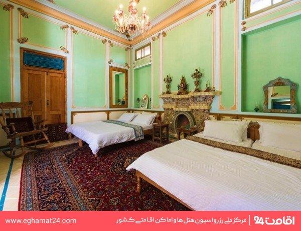 اتاق چهارتخته شاهنشین (سرویس بهداشتی عمومی)