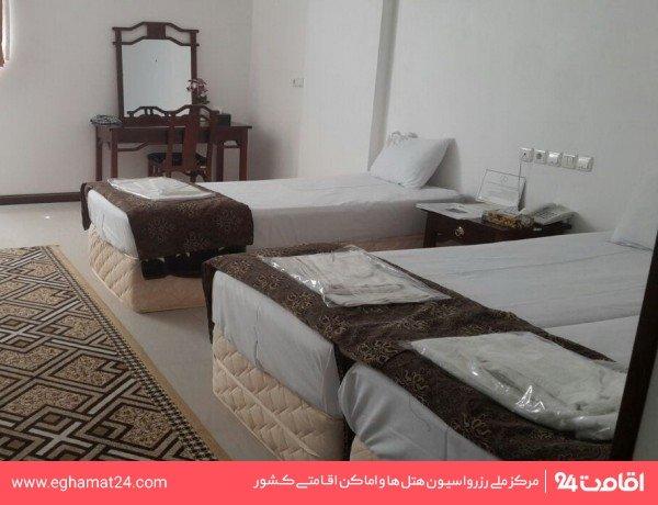 اتاق سه تخته (بازسازی شده)