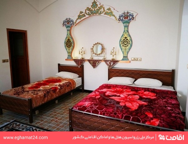 اتاق سه تخته شاه نشین