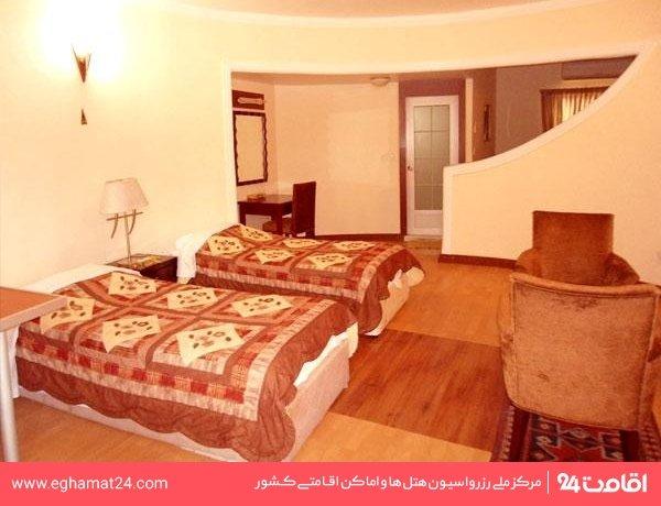 اتاق سه تخته هتلی
