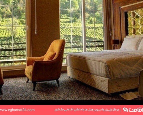 اتاق سه تخته استاندارد رو به کوه