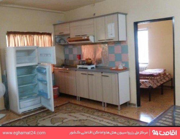 آپارتمان یکخوابه سه نفره طبقه اول