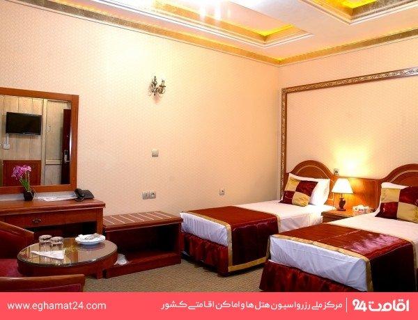 اتاق سه تخته(پکیج شب رایگان)