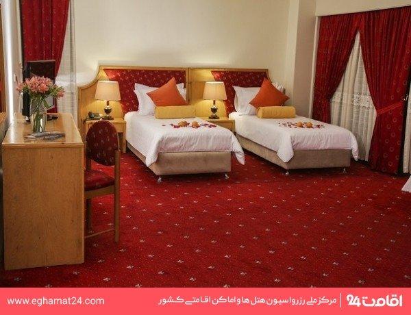 اتاق یک تخته کلاسیک (c)