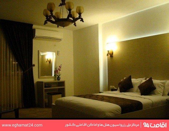 اتاق سه تخته(یک تخت دبل+یک سرویس اضافه)