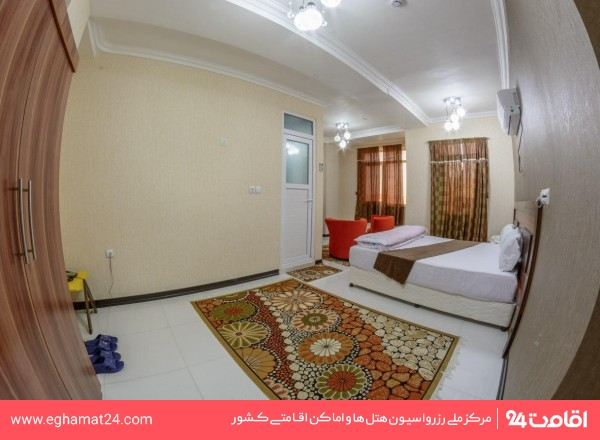 اتاق دو تخته با دید داخل ساختمان
