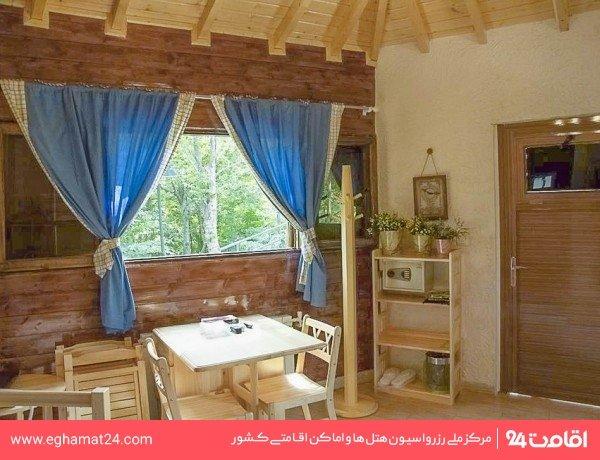کلبه جنگلی چهار نفره(یک تخت دوطبقه+دوسرویس اضافه)