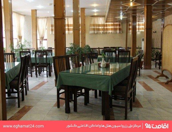 رستوران ایرانی سنتی