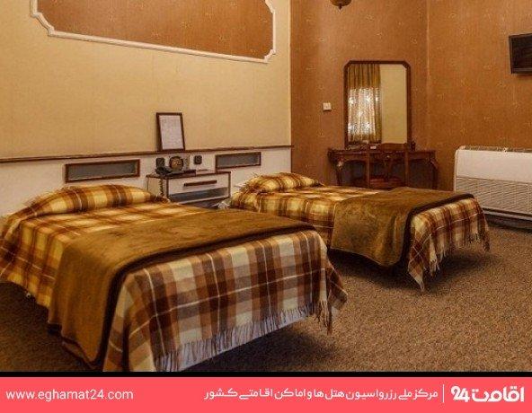 اتاق سه نفره (دو تخته+یک سرویس اضافه)