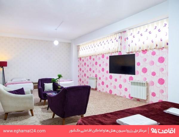اتاق دو تخته (دارای نورگیر و بدون پنجره)