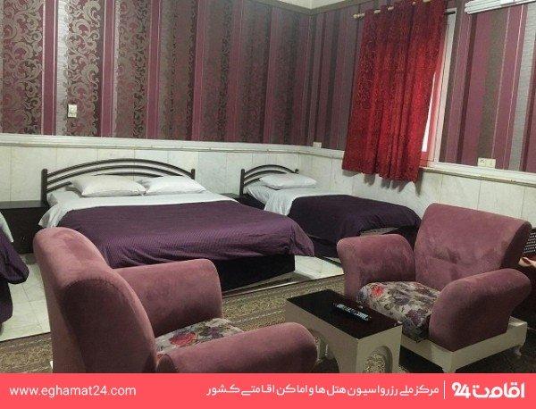 اتاق سه تخته (فاقد سرویس و حمام )