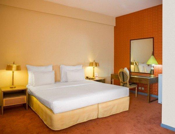 اتاق دو تخته شرقی ساعتی بدون صبحانه(8 صبح تا 8 شب)