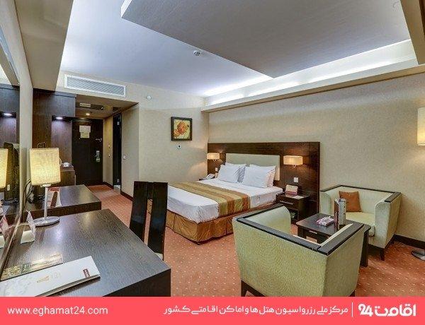 اتاق یک تخته ساعتی بدون صبحانه(8 صبح تا 8 شب)