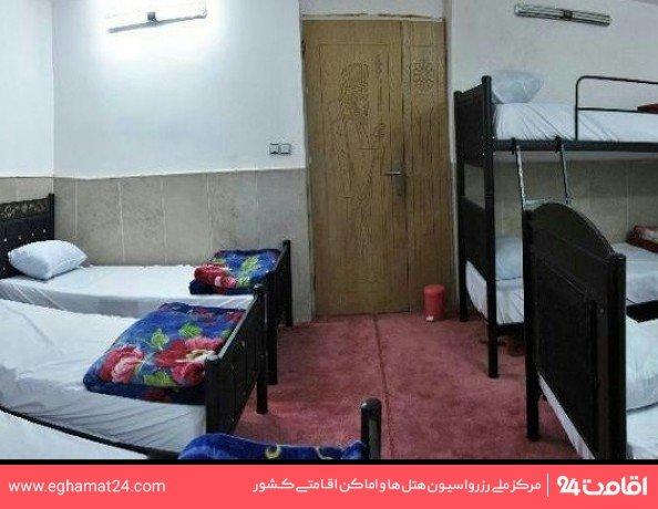 اتاق شش تخته(فاقد حمام و سرویس بهداشتی)