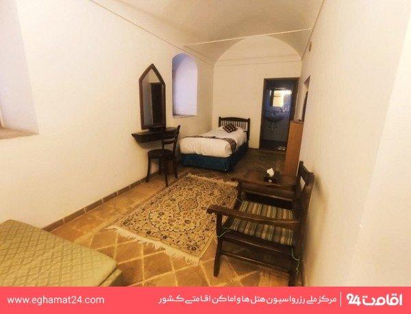 اتاق یک تخته پایین