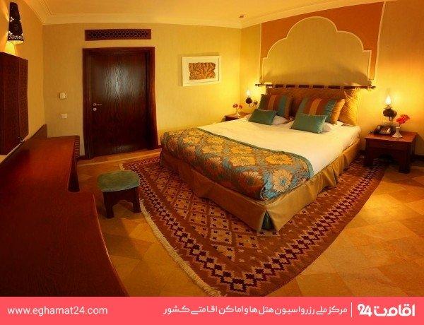 اتاق سه تخته باغ ( دوتخته + سرویس اضافه )