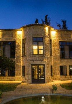 هتل خانه باغ ایرانی شیراز