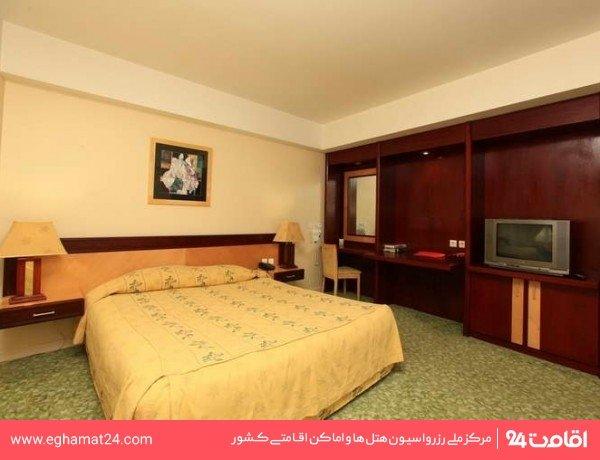 آنالیز سایت هتل پارس مشهد