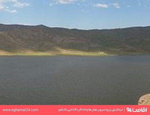 دریاچه نئور