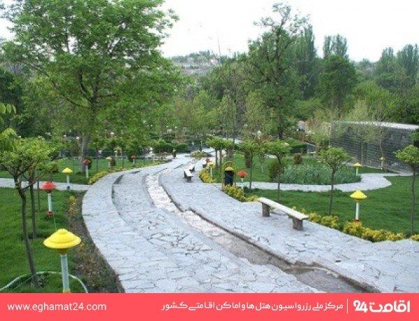 بوستان میرزا کوچک خان(دانش)
