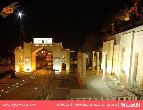 آرامگاه خواجوي كرماني