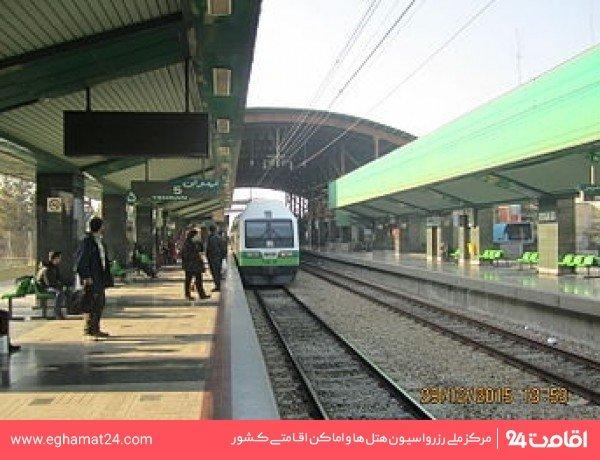 ایستگاه قطار شهری کرج