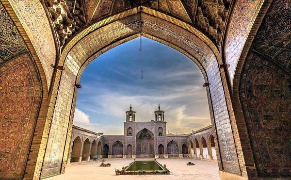 طاق مروارید مسجد وکیل شیراز