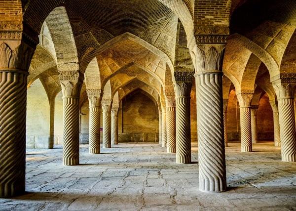 شبستان مسجد وکیل شیراز