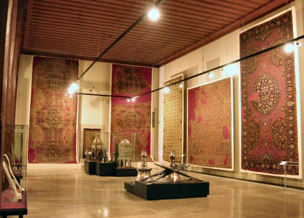 موزه فرش ایران در تهران آدرس و تصاویر وبلاگ اقامت ۲۴