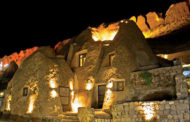 سفری خاطرهانگیز با اقامت در هتل لاله کندوان ، سومین هتل صخرهای جهان
