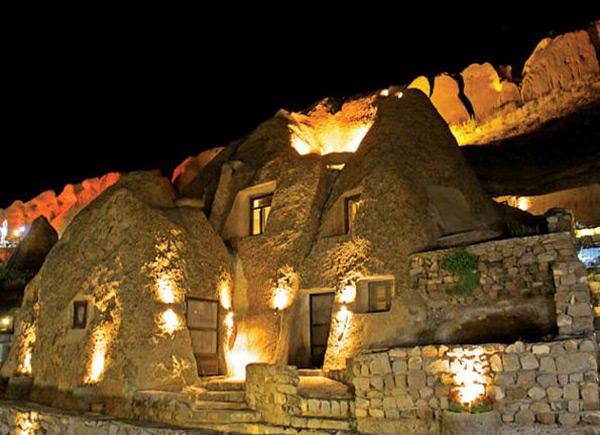اقامت در هتل صخره ای لاله کندوان تبریز