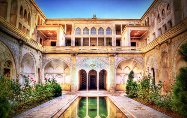 خانه عباسیان کاشان در قلب شهر تاریخی کاشان