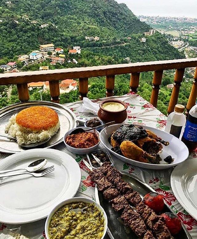 رستوران خاله خاور چابکسر