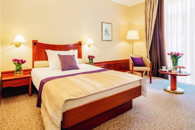 اصلاحات گردشگری و هتلداری