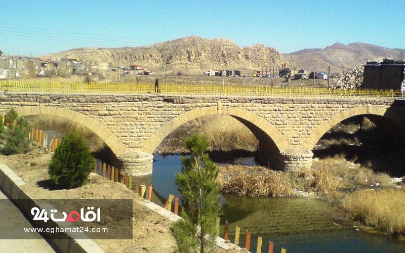 پل تاریخی آبگرم