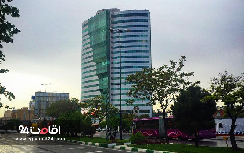 مجتمع تجاری برج بلور تبریز