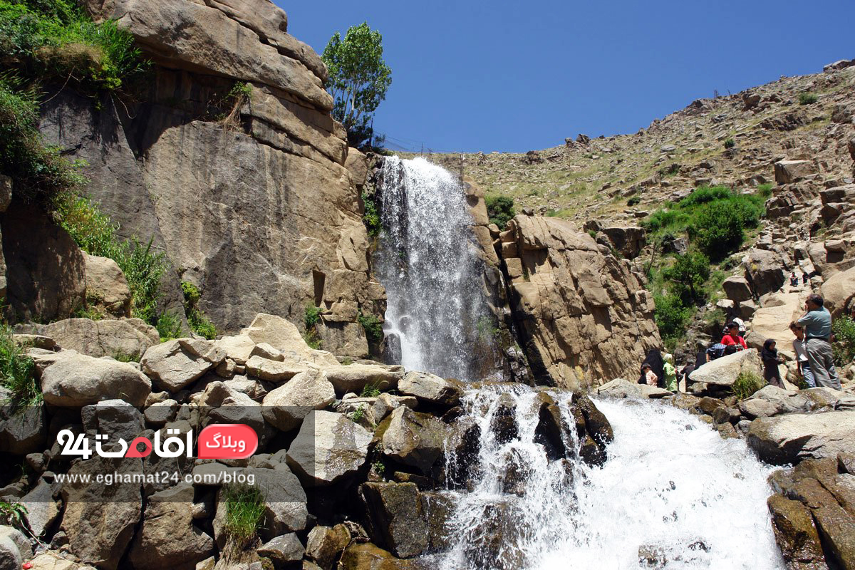 آبشار گنج نامه- جاهای دیدنی