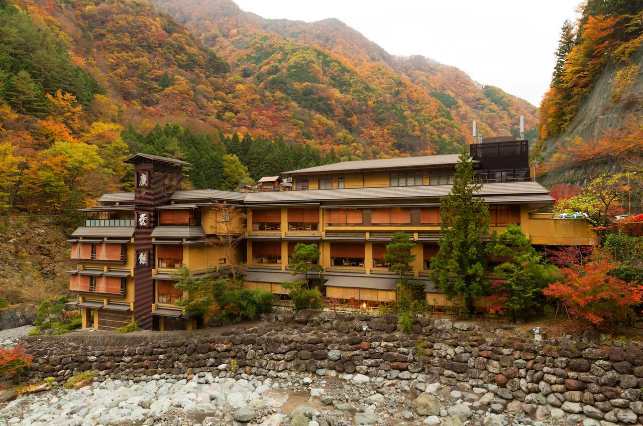 هتل نیشیاما اونسن کیونکان Nishiyama Onsen Keiunkans