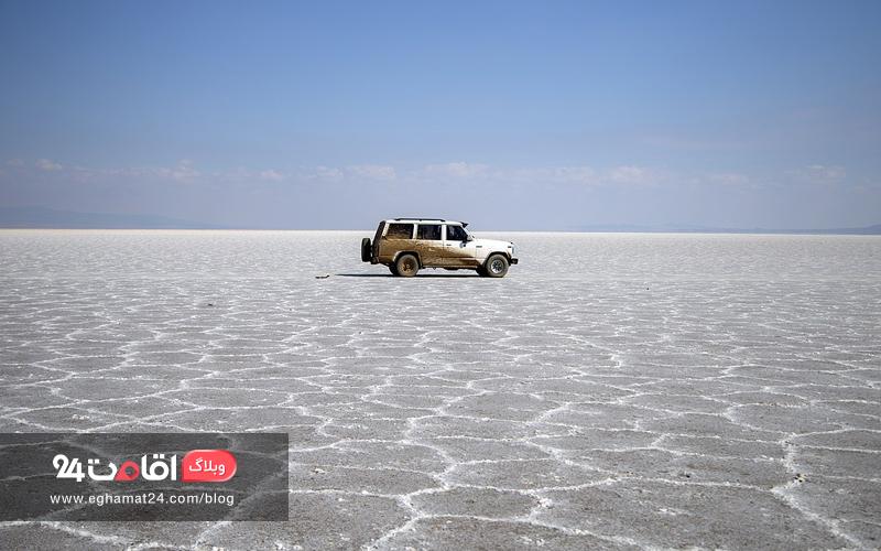 دریاچه نمک کویر مرنجاب