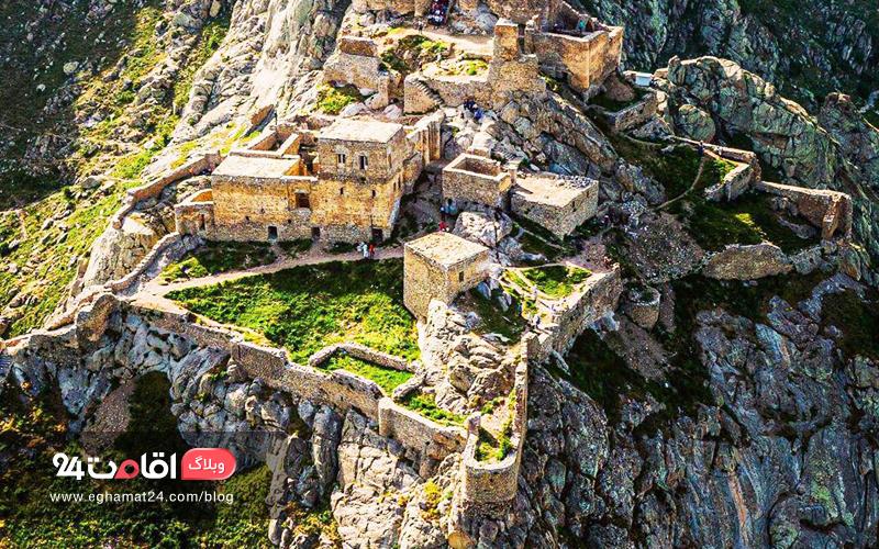 نمای بالای قلعه بابک