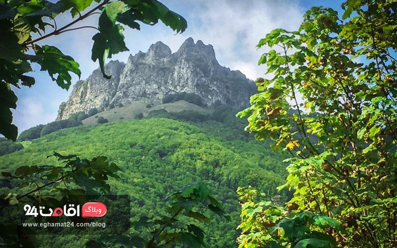 کوه اسپیناس - جاهای دیدنی آستارا