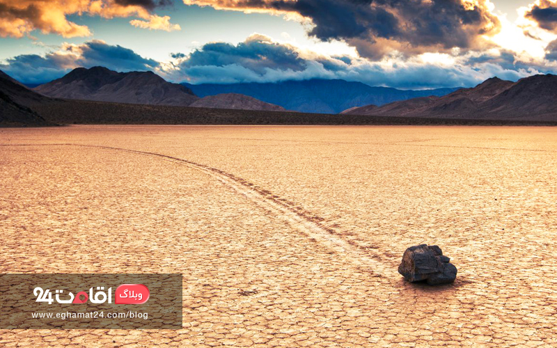 The Moving Rocks of Death Valley - عکس های طبیعت